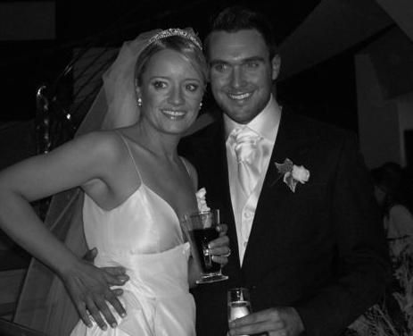 http://lucydavisonline.50webs.com/lucy%20and%20owain%20b&w%20wedding.jpg
